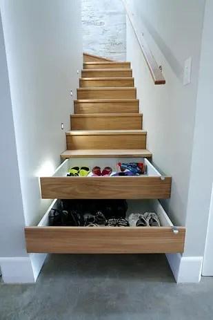 utilizarea spatiului de sub scari under stairs storage ideas 9