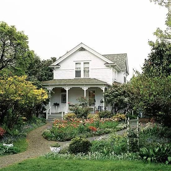 Amenajarea gradinii din fata casei front yard landscape ideas 9