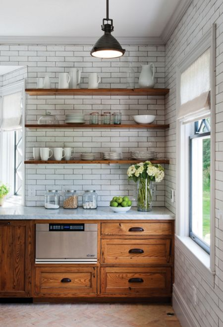 Amenajarea unei bucatarii in stil rustic in idei simple