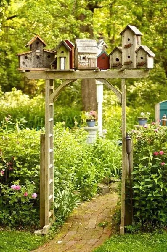 decoratiuni de gradina din lemn Wooden garden ornaments 9