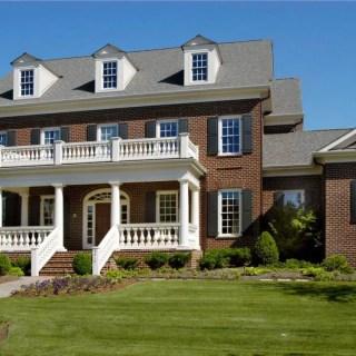 Proiecte de case cu etaj si mansarda sus