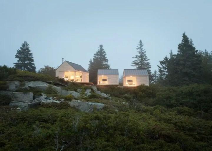 Trio arhitectonic modern si elegant