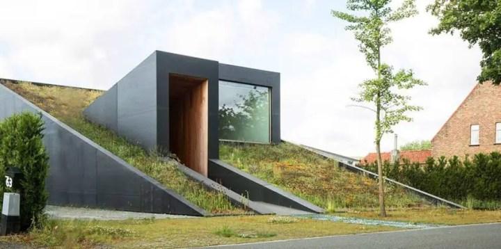 Casa Pibo - forme indraznete, atenuate de natura