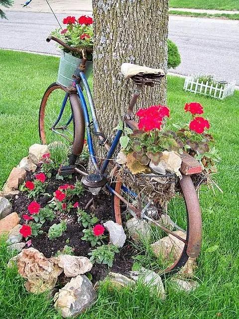 aranjamente de gradina cu pietre si flori Stone and flower garden design ideas 15
