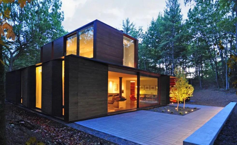 Casa din padure frumoasa