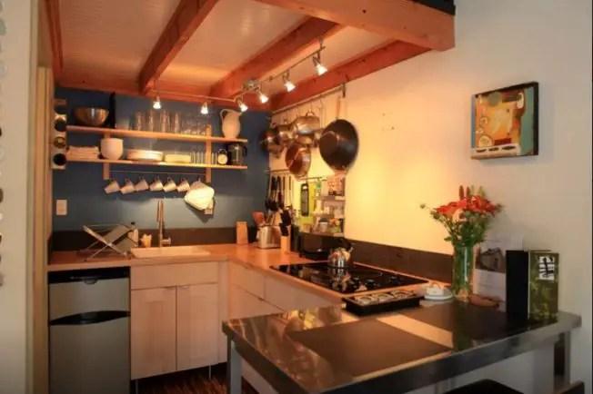 case facute din garaje Garages converted into homes 16