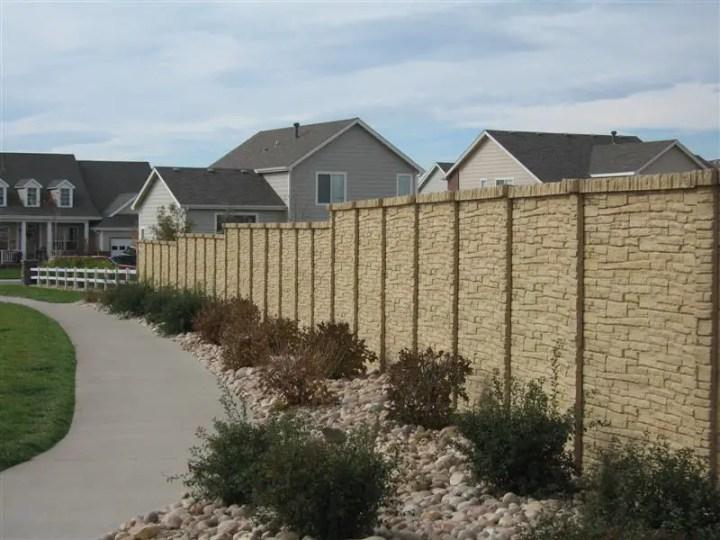 garduri placate cu piatra decorativa decorative stone fence ideas 9
