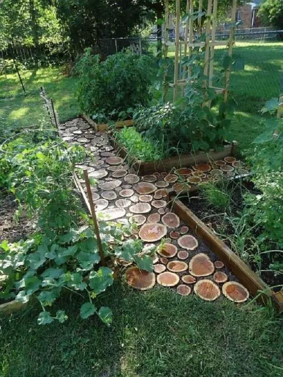ornamente de gradina din lemn rotund Garden log decorations 13