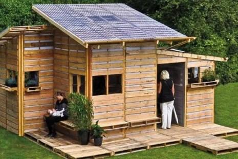 Case construite din paleti - un design un pic mai indraznet