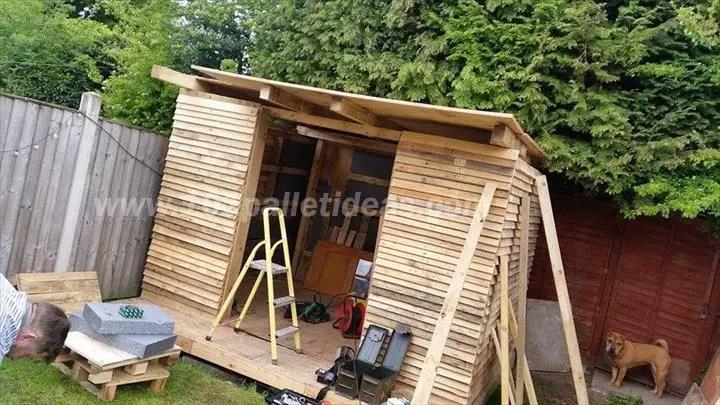 case construite din paleti Wood pallet houses 7