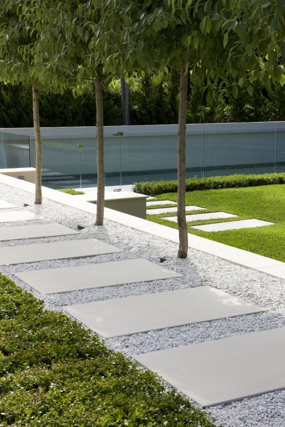 amenajarea gradinii cu pietris Pebble garden decoration ideas 8
