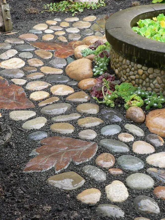 Modele de pavaj cu piatra de rau River stone paver ideas 4