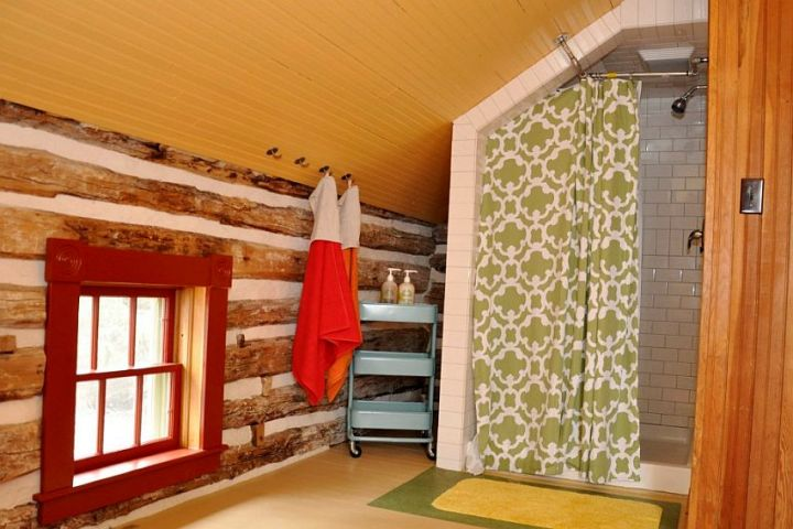 casuta din lemn The small log cabin 8