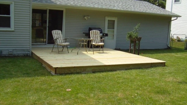 terasa din paleti Wood pallet deck ideas 1