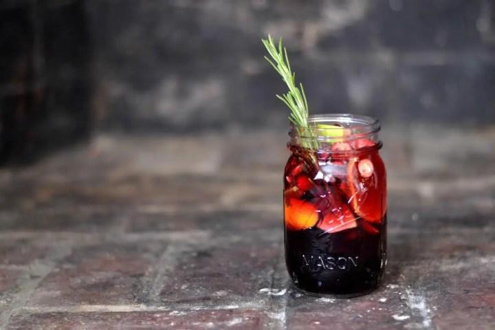 cocktailuri si alte bauturi de sarbatori sangria