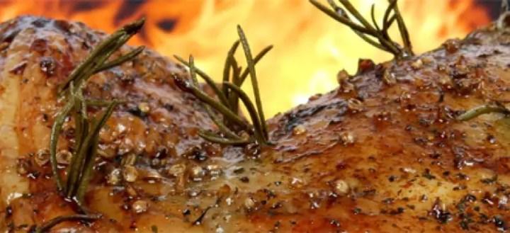 friptura de porc pentru masa de Craciun crusta
