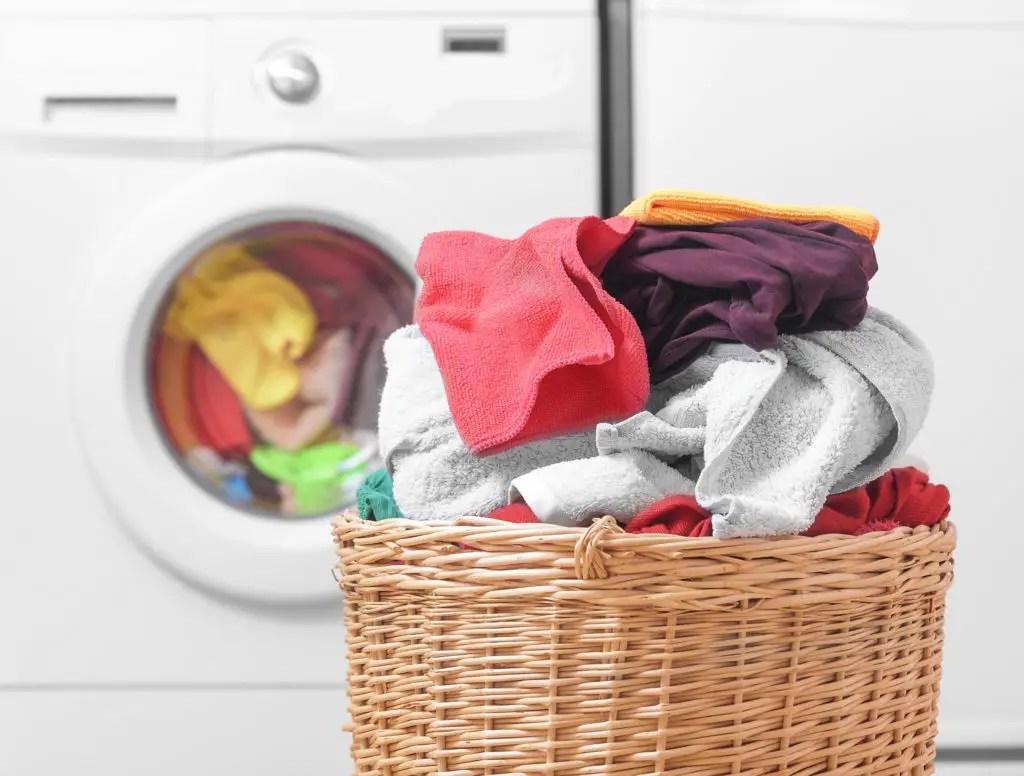 Cum speli hainele delicate