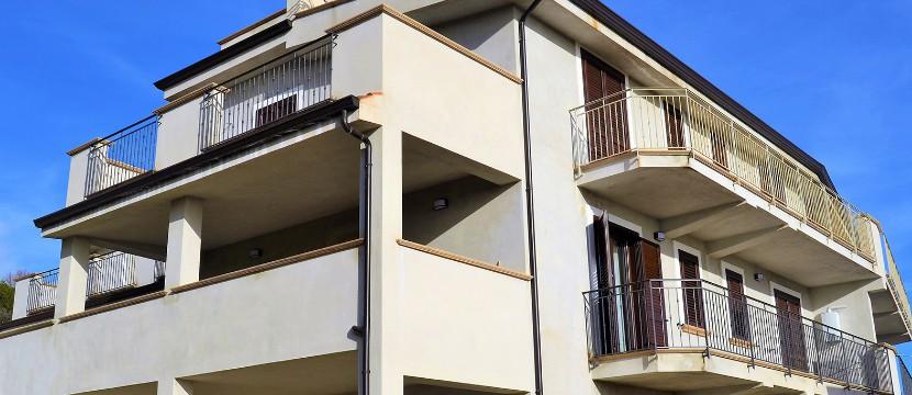 Appartamenti visti frontalmente