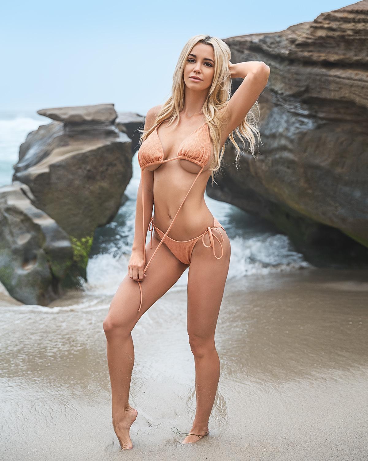 Caitlin Arnett Bikini La Jolla