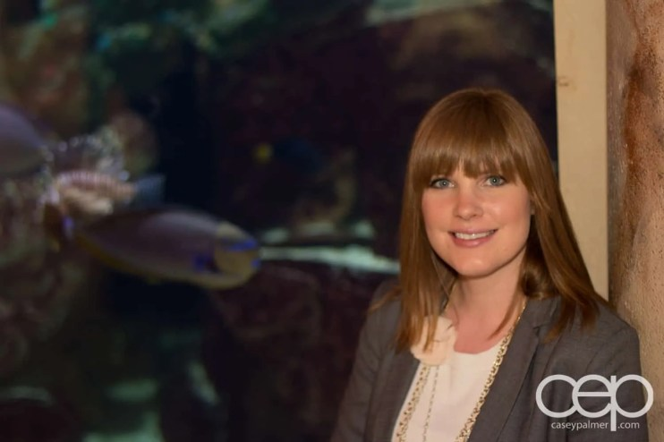 My wife, Sarah, and the largest fish tank in the Forum Shops at Caesar's.