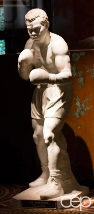 A life-sized statue of Muhammad Ali in Caesar's Palace Hotel & Casino in Las Vegas
