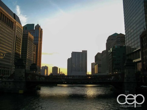 A skyline in Chicago, IL
