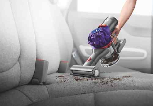 Cleaning Seats, Vents and Well-Worn Floors with the Dyson v7 Car+Boat! — Mini Motorised Tool