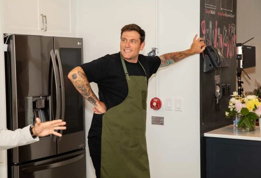 Making Kitchen Chores a BREEZE with the Power of LG!—Chef Chuck Hughes Ready to Go!