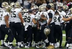 Saints Celebrate Brees Record