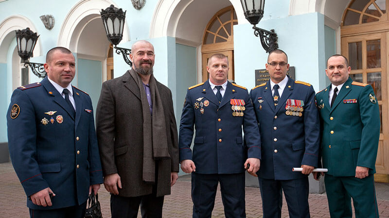 офицеры на госслужбе