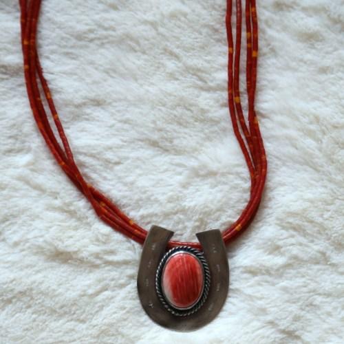 Spiny Oyster Horseshoe Necklace