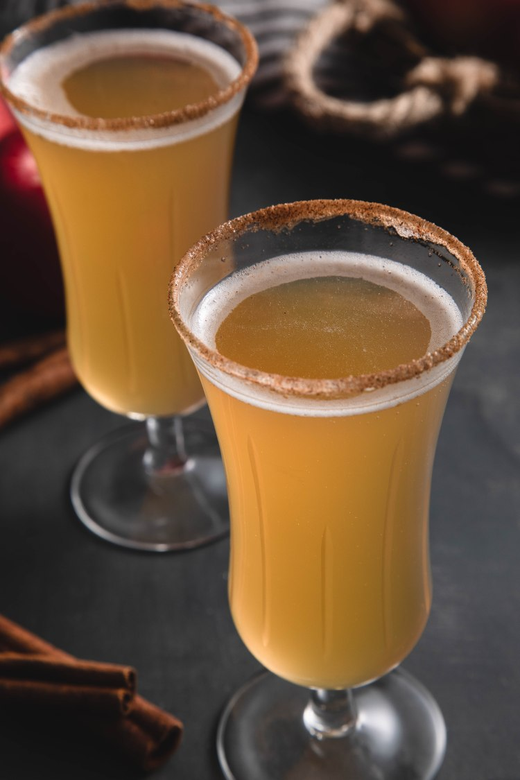 Apple Cider Mimosa Recipe by Cashmere & Cocktails