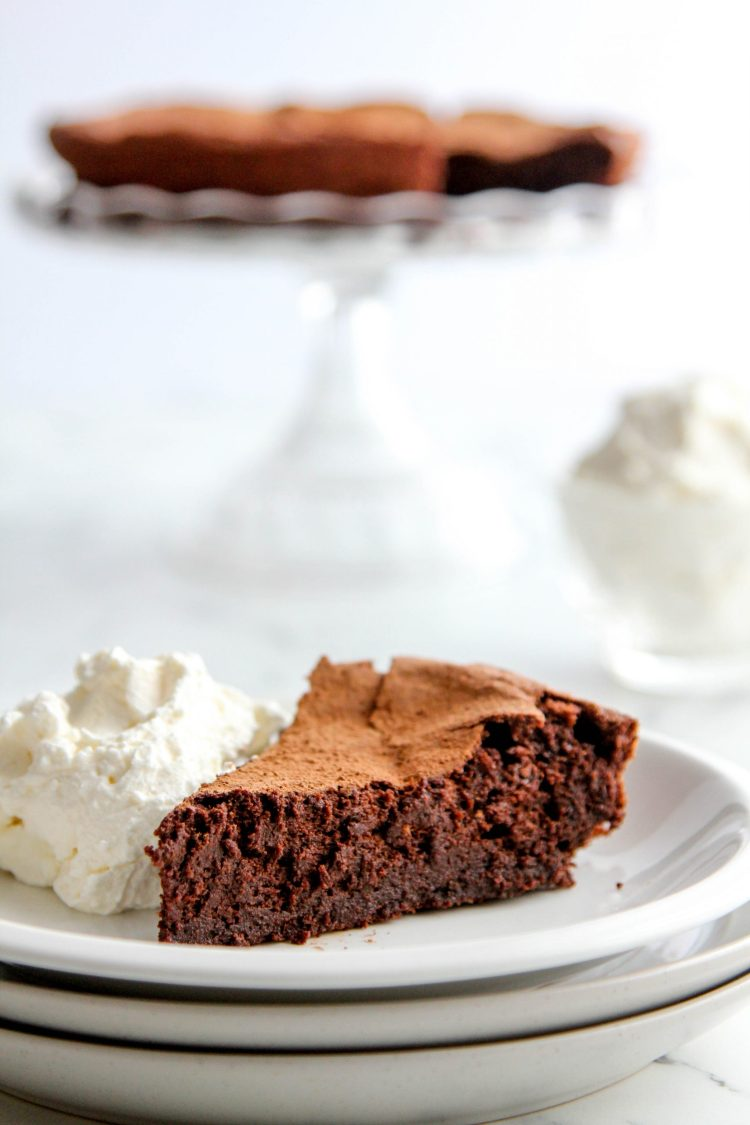 Flourless Gluten Free Chocolate Cake Recipe - Cashmere & Cocktails