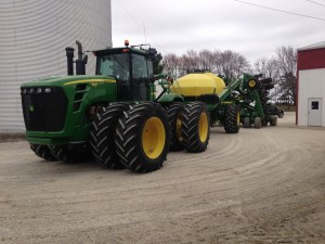 The JD 9330 has arrived back at home with the soybean air drill