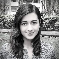 Lucía Aguilar_ Perfil Casi literal