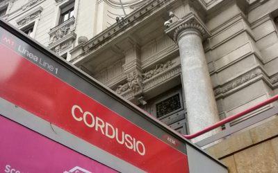 """Milano, per i 500 anni di Leonardo Da Vinci la fermata del metrò diventa """"Cordusio-Biblioteca Ambrosiana"""""""
