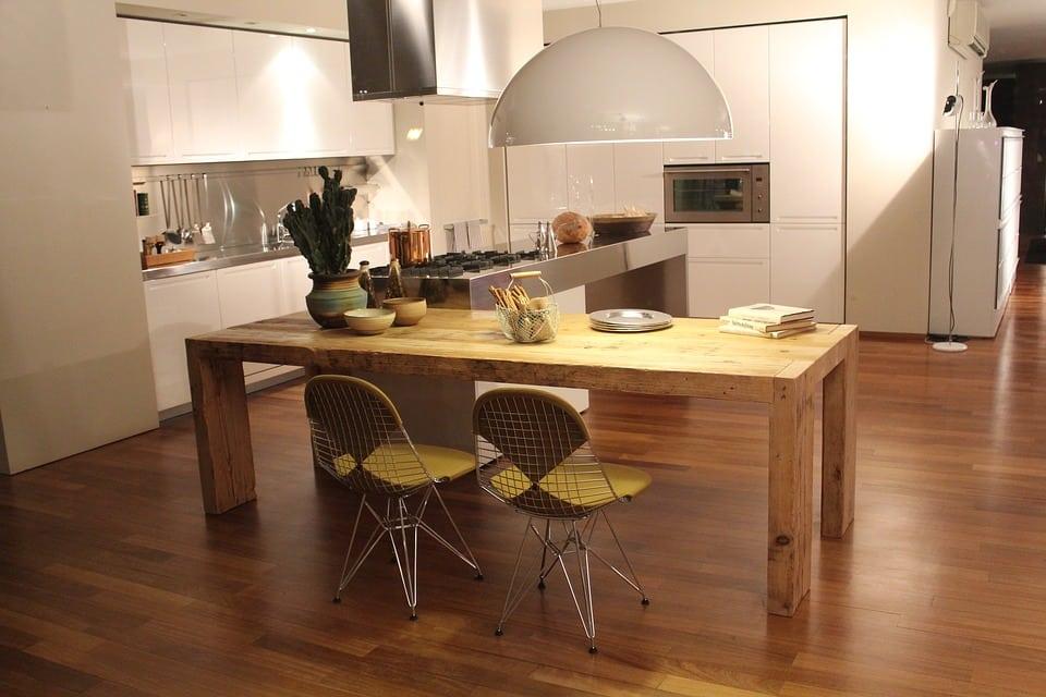 Cucine moderne con isola centrale  Casina Mia