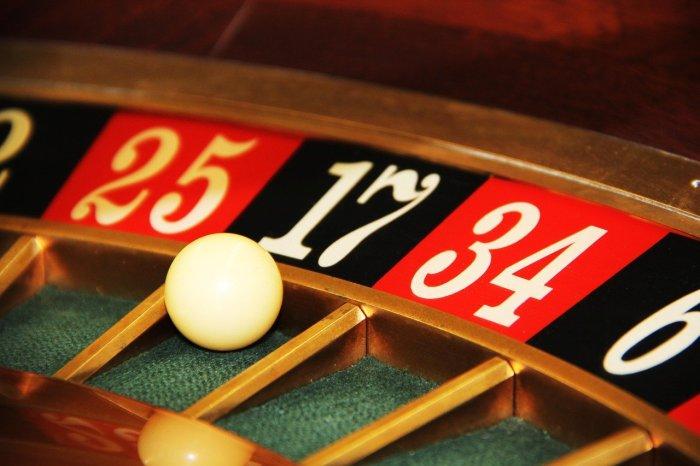 Play casino poker online free