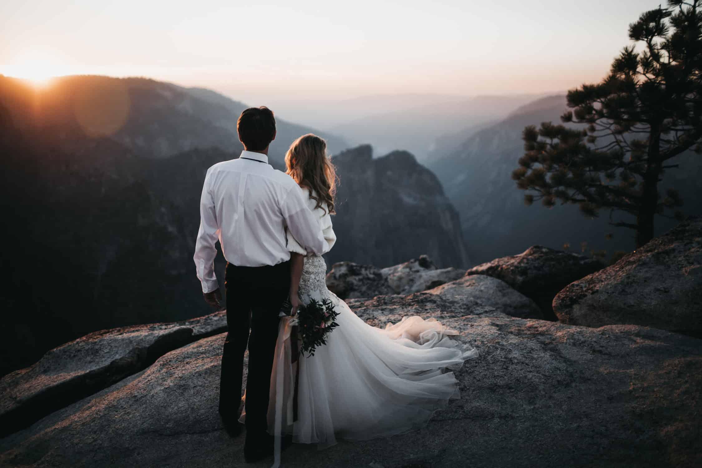 Yosemite Wedding at taft point