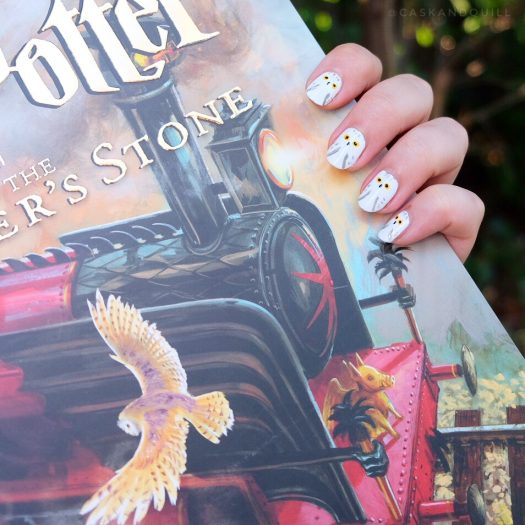 Harry Potter Hedwig owl nail art