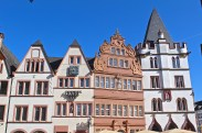 Häuser an der Ecke zur Fleischstraße. (© casowi)