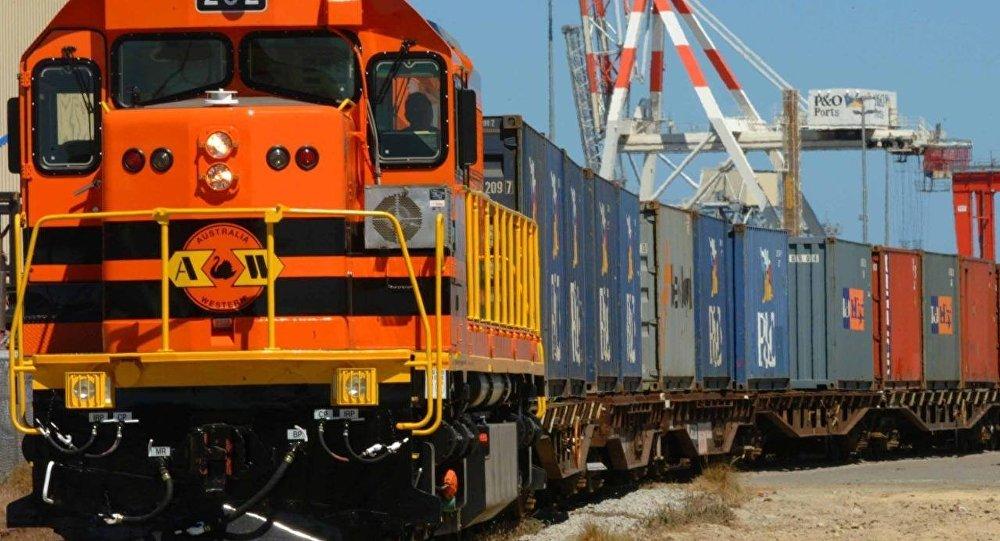 С июня по восточной железнодорожной ветке коридора «Север-Юг» пойдут грузы из Китая