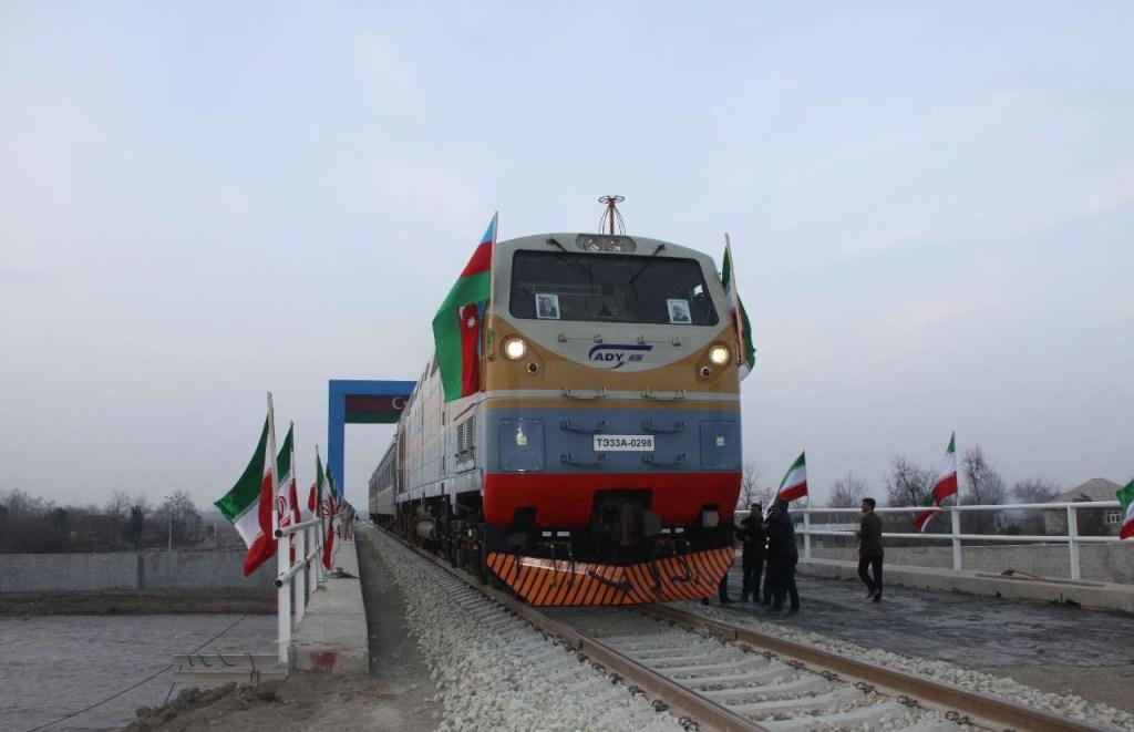 Железная дорога между иранской Астарой и одноименным городом в Азербайджане, вступает в строй