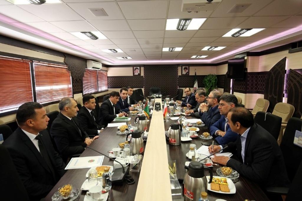 Иран и Туркменистан обсудили вопросы борьбы с угрозами безопасности региона