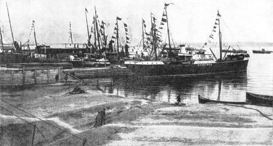 История и предпосылки создания Астрахано-Каспийской флотилии. Астраханцы в боях на Волге и Каспии
