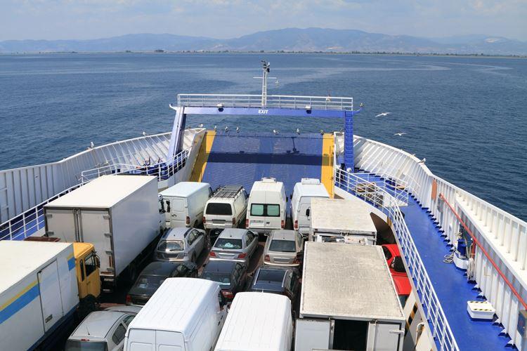 Российско-туркменские паромные перевозки могут возобновиться в 2019 году