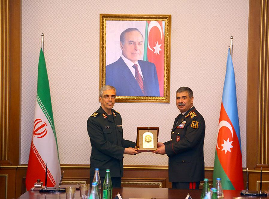 Иран и Азербайджан укрепляют контакты сфере безопасности