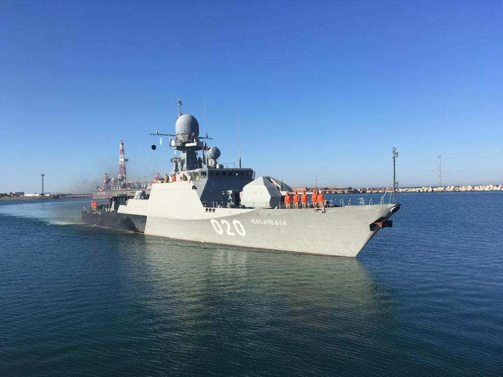 Корабли Каспийской флотилии прибыли с дружественным визитом в порт г.Актау