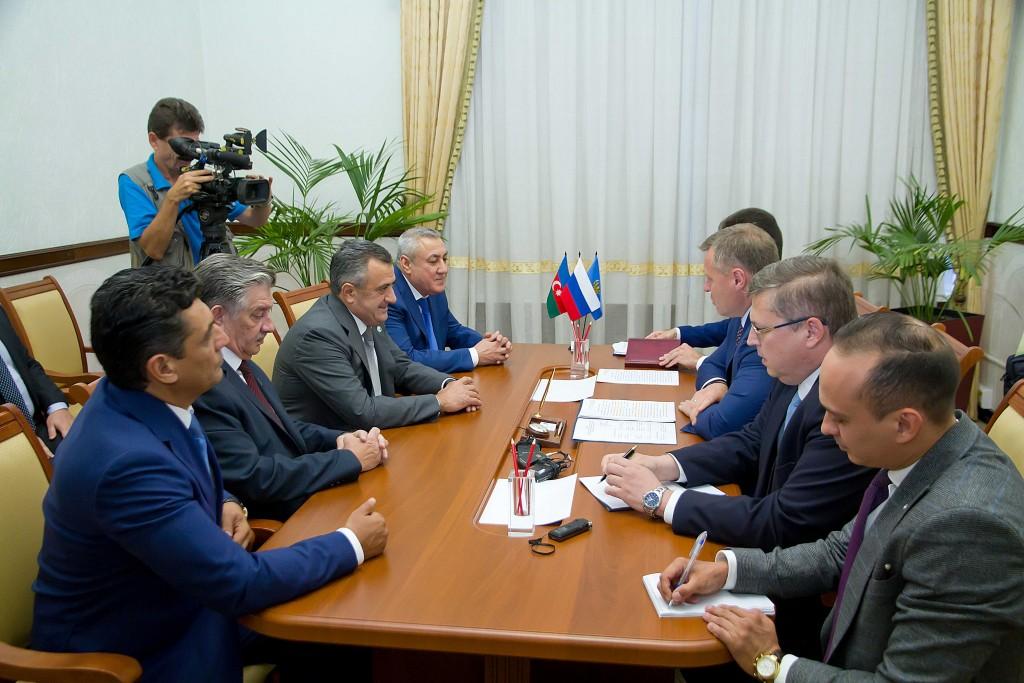 В Астрахани обсудили межрегиональное сотрудничество с Азербайджаном