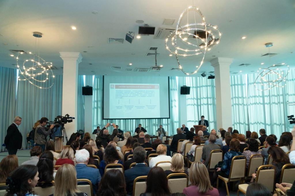 В Астрахани рассмотрели экологические аспекты развития рыбной и нефтегазовой отраслей Каспия